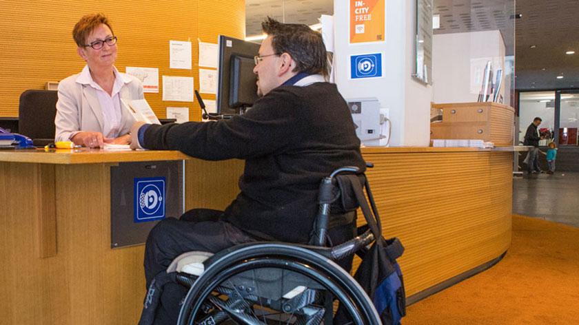 Re Behindertengerecht bayern barrierefrei besuch barrierefreies rathaus ingolstadt